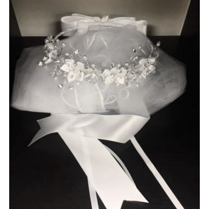 Occasions 436 White Flower Garland & Veil