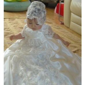 Little Darlings G2090 Olivia Christening Robe and Bonnet in pure silk