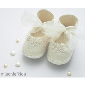 Little Darlings 2930 Girls Ivory Silk Pram Shoes